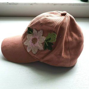David And Young Flower Suede Ball Chill Cap Hat